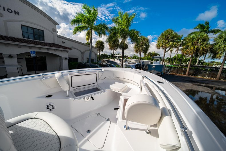 Thumbnail 33 for New 2020 Sportsman Open 232 Center Console boat for sale in West Palm Beach, FL