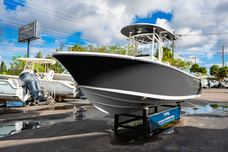 Thumbnail 3 for New 2020 Sportsman Open 232 Center Console boat for sale in West Palm Beach, FL