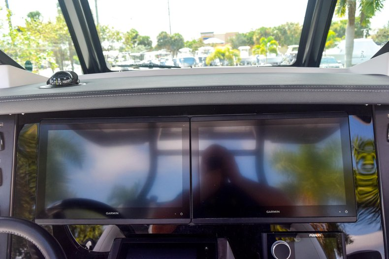 Thumbnail 57 for New 2020 Blackfin 332CC Center Console boat for sale in Fort Lauderdale, FL