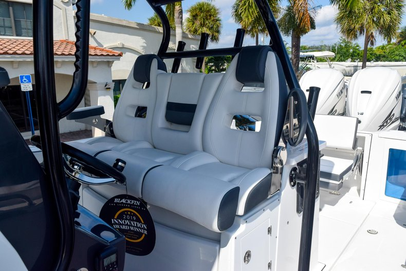 Thumbnail 66 for New 2020 Blackfin 332CC Center Console boat for sale in Fort Lauderdale, FL