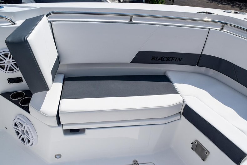 Thumbnail 98 for New 2020 Blackfin 332CC Center Console boat for sale in Fort Lauderdale, FL