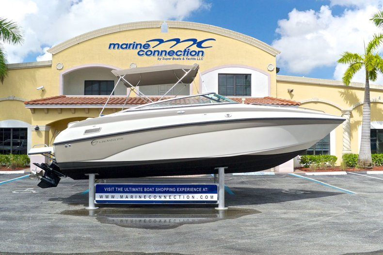 Photo for 2002 Crownline 230 BR Bowrider