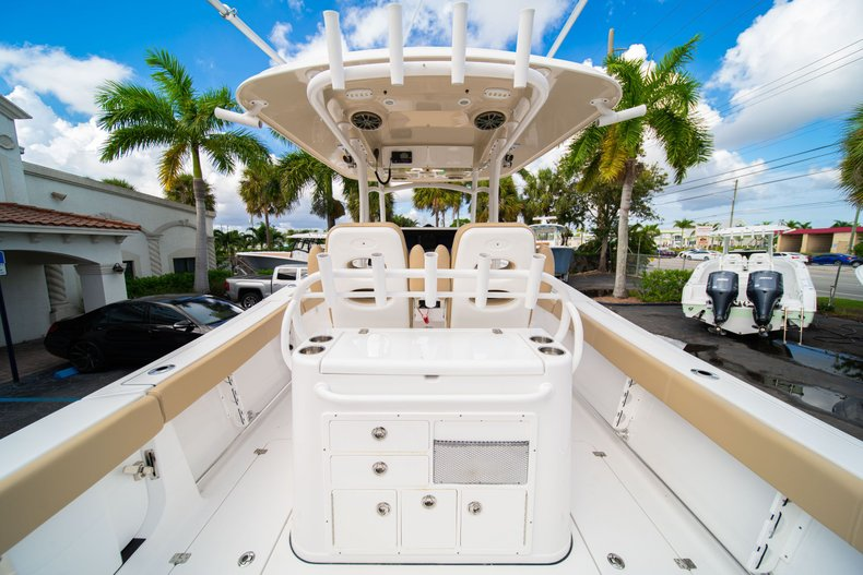 Thumbnail 18 for Used 2016 Sportsman Open 312 Center Console boat for sale in West Palm Beach, FL