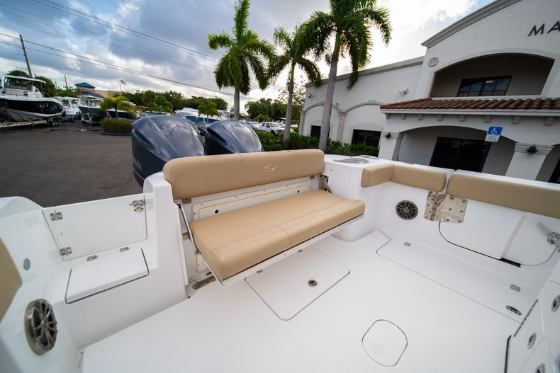 Thumbnail 10 for Used 2016 Sportsman Open 312 Center Console boat for sale in West Palm Beach, FL