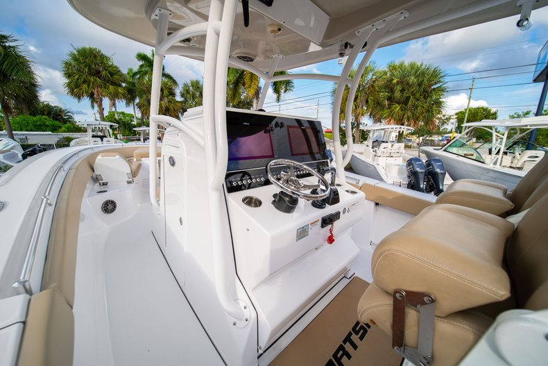 Thumbnail 31 for Used 2016 Sportsman Open 312 Center Console boat for sale in West Palm Beach, FL