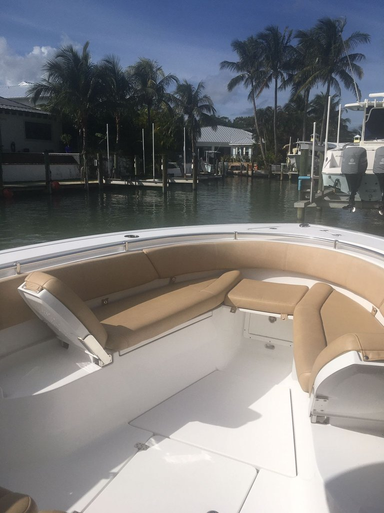 Thumbnail 7 for Used 2018 Sportsman Open 312 Center Console boat for sale in West Palm Beach, FL