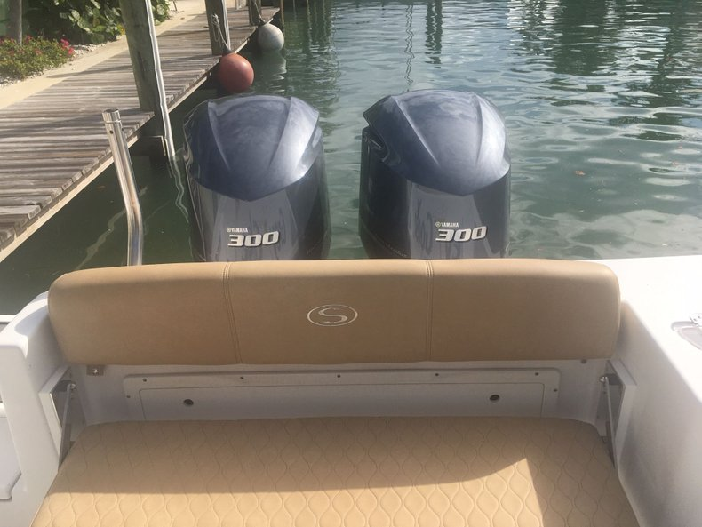 Thumbnail 9 for Used 2018 Sportsman Open 312 Center Console boat for sale in West Palm Beach, FL