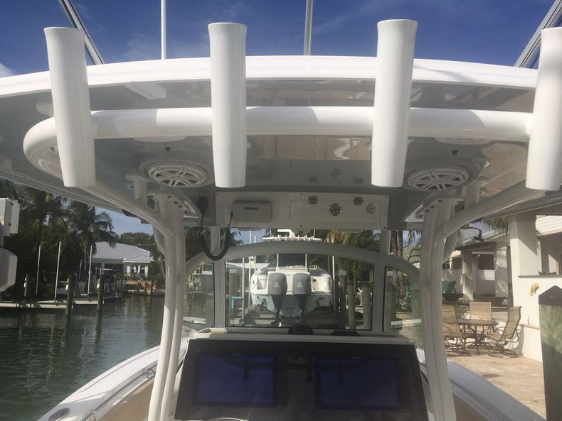 Thumbnail 12 for Used 2018 Sportsman Open 312 Center Console boat for sale in West Palm Beach, FL