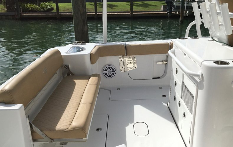 Thumbnail 17 for Used 2018 Sportsman Open 312 Center Console boat for sale in West Palm Beach, FL
