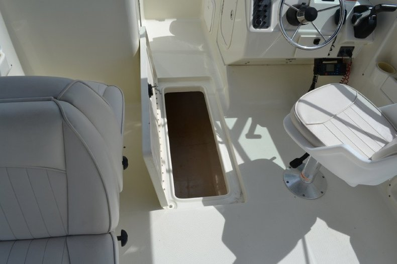 Used 2006 Hydra Sports 202 Dual Console Boat For Sale In