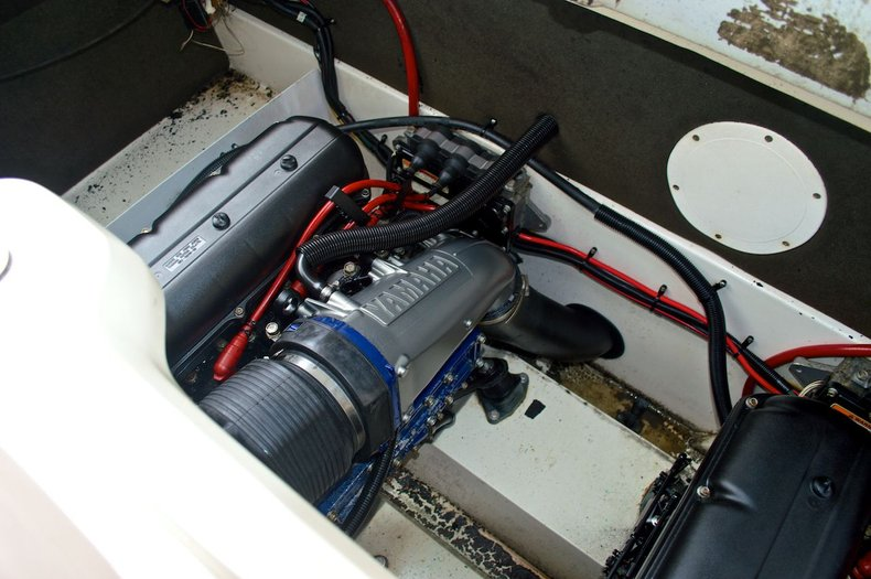 Used 2000 Yamaha LS2000 Twin Jet Boat boat for sale in West