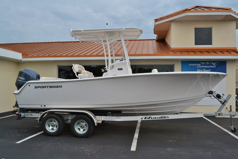 Photo for 2014 Sportsman Heritage 211 Center Console
