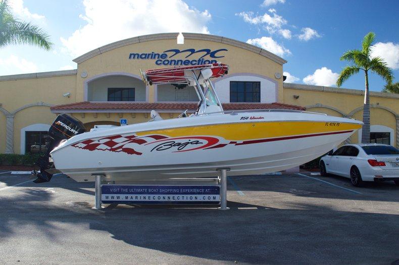 Photo for 2002 Baja 250 Islander Center Console