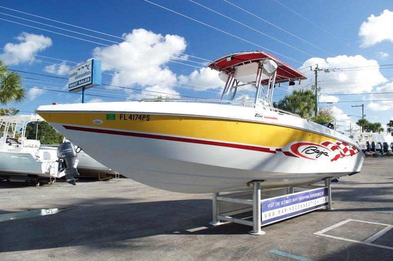 Used 2002 Baja 250 Islander Center Console Boat For Sale