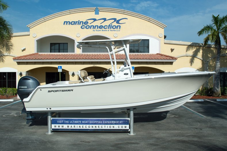 Photo for 2015 Sportsman Heritage 231 Center Console
