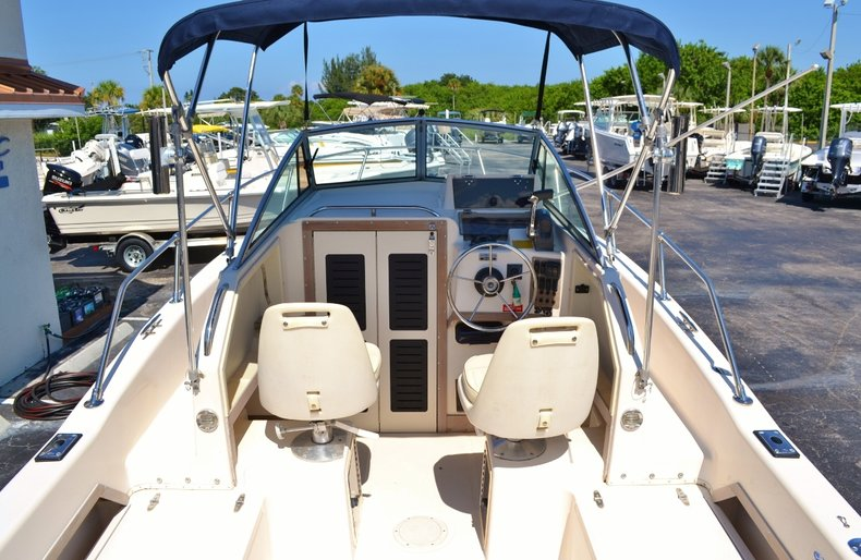 Thumbnail 9 for Used 1994 Grady-White 208 boat for sale in Vero Beach, FL