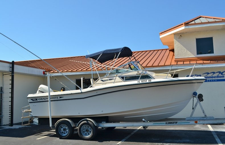 Thumbnail 27 for Used 1994 Grady-White 208 boat for sale in Vero Beach, FL