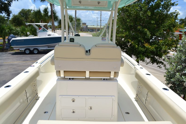 Thumbnail 6 for New 2015 Cobia 256 Center Console boat for sale in Vero Beach, FL