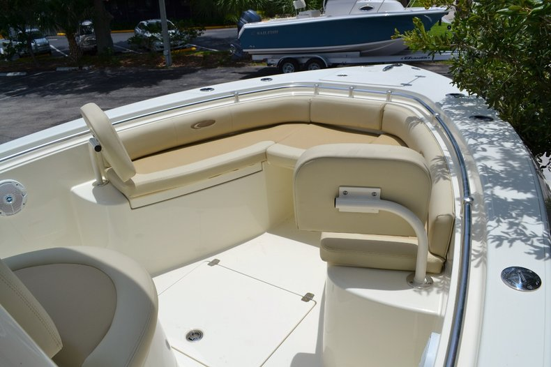 Thumbnail 12 for New 2015 Cobia 256 Center Console boat for sale in Vero Beach, FL