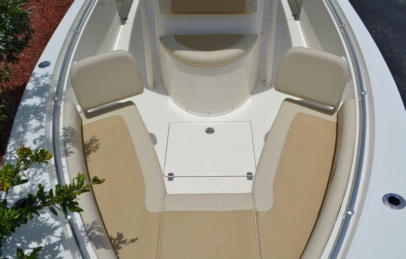 Thumbnail 13 for New 2015 Cobia 256 Center Console boat for sale in Vero Beach, FL