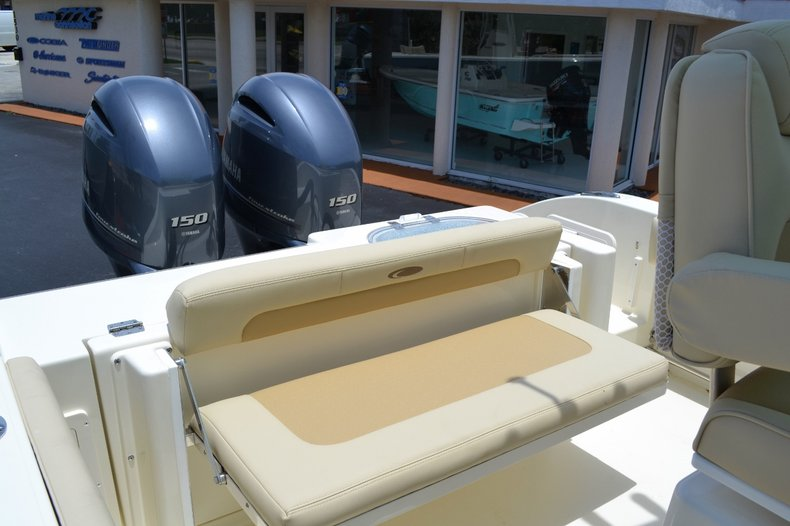 Thumbnail 17 for New 2015 Cobia 256 Center Console boat for sale in Vero Beach, FL
