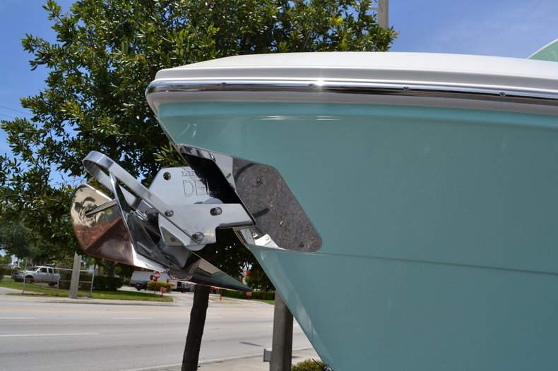 Thumbnail 19 for New 2015 Cobia 256 Center Console boat for sale in Vero Beach, FL