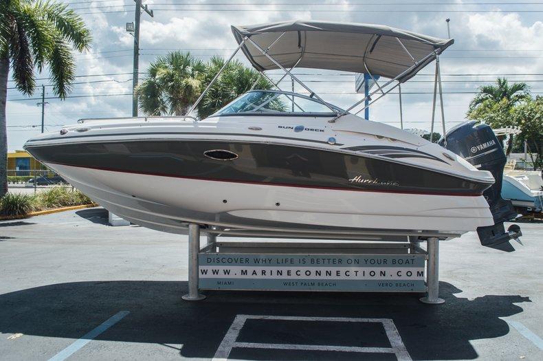Thumbnail 4 for Used 2013 Hurricane SunDeck SD 2000 OB boat for sale in Vero Beach, FL