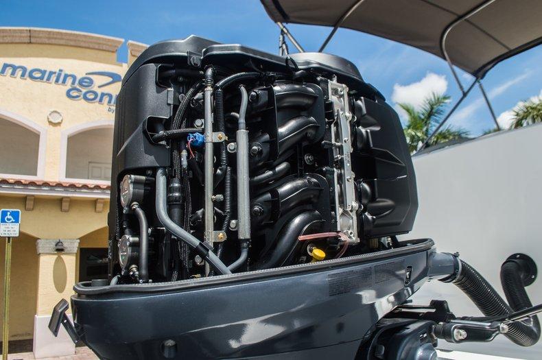 Thumbnail 47 for Used 2013 Hurricane SunDeck SD 2000 OB boat for sale in Vero Beach, FL