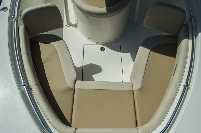 Thumbnail 16 for New 2016 Cobia 237 Center Console boat for sale in Vero Beach, FL