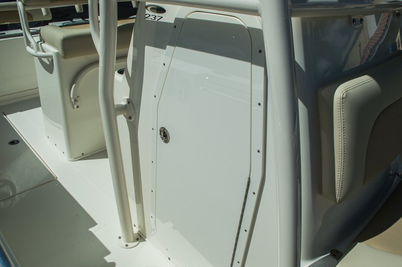 Thumbnail 23 for New 2016 Cobia 237 Center Console boat for sale in Vero Beach, FL