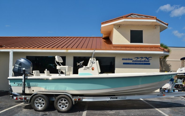New 2016 Pathfinder 2200 TRS Bay Boat boat for sale in Vero Beach, FL