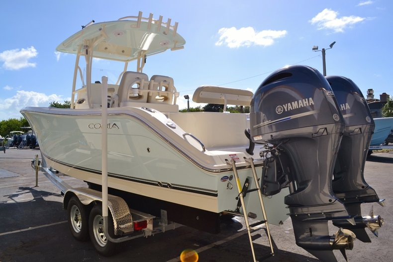 Thumbnail 4 for New 2016 Cobia 277 Center Console boat for sale in Vero Beach, FL