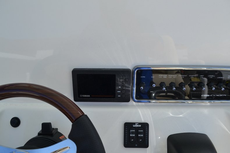 Thumbnail 16 for New 2016 Cobia 277 Center Console boat for sale in Vero Beach, FL