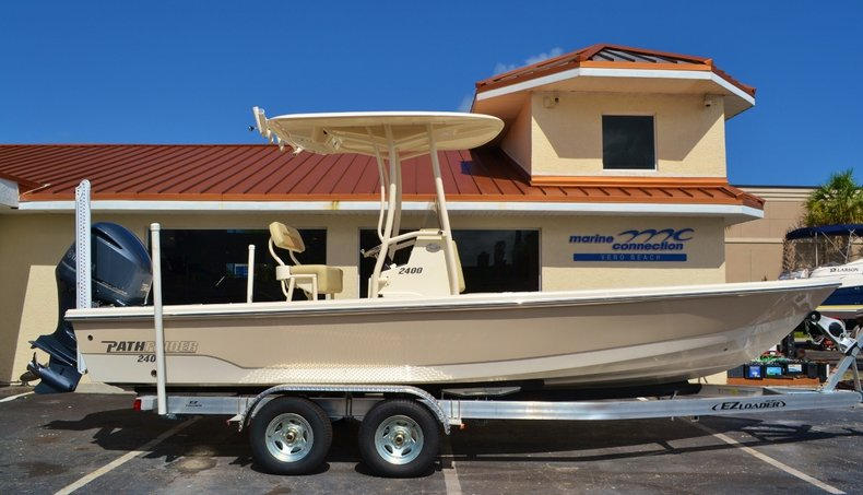New 2016 Pathfinder 2400 TRS Bay Boat boat for sale in Vero Beach, FL