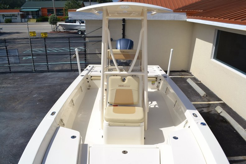 Thumbnail 13 for New 2016 Pathfinder 2400 TRS Bay Boat boat for sale in Vero Beach, FL