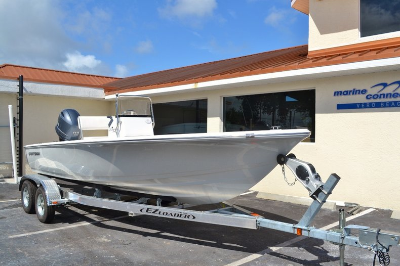 Thumbnail 1 for New 2016 Sportsman 20 Island Bay boat for sale in Vero Beach, FL
