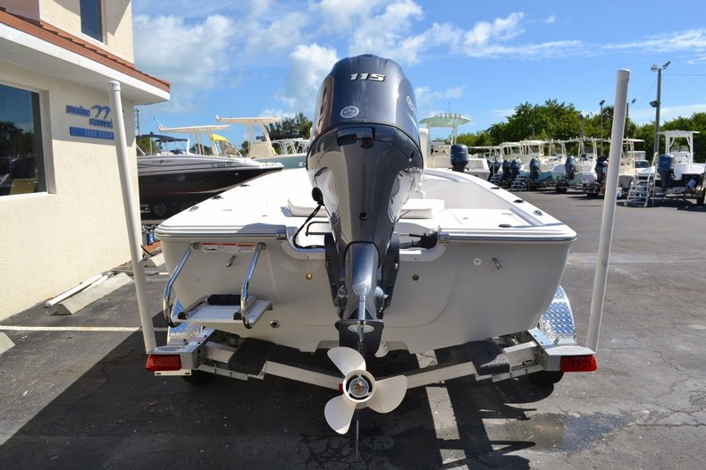 Thumbnail 5 for New 2016 Sportsman 20 Island Bay boat for sale in Vero Beach, FL