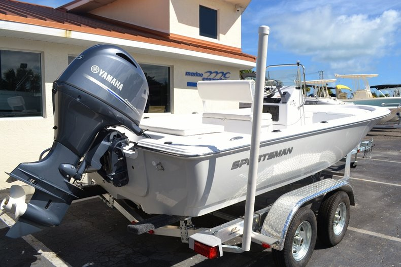 Thumbnail 6 for New 2016 Sportsman 20 Island Bay boat for sale in Vero Beach, FL