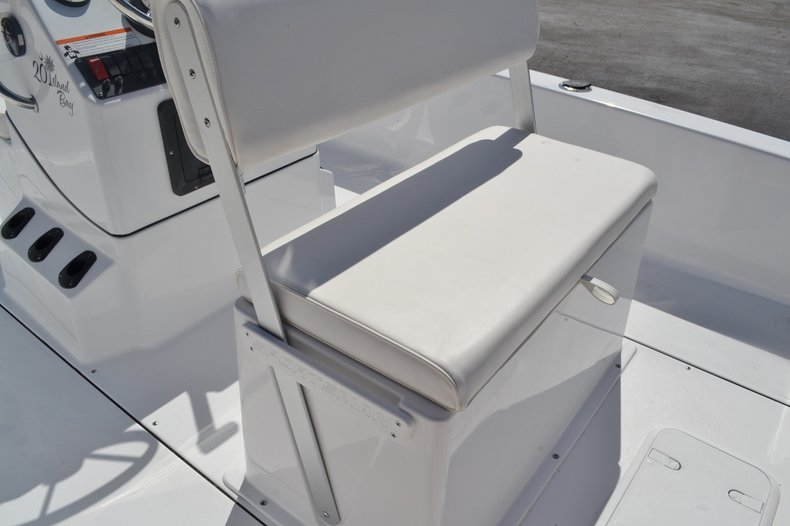 Thumbnail 17 for New 2016 Sportsman 20 Island Bay boat for sale in Vero Beach, FL