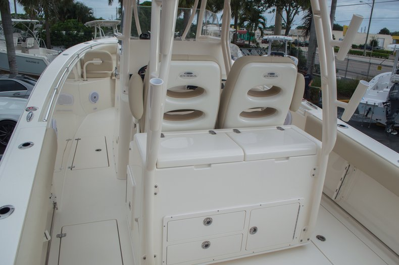 Thumbnail 12 for New 2016 Cobia 296 Center Console boat for sale in Vero Beach, FL