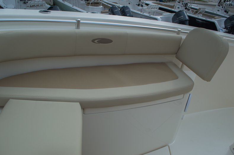 Thumbnail 22 for New 2016 Cobia 296 Center Console boat for sale in Vero Beach, FL
