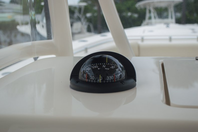 Thumbnail 45 for New 2016 Cobia 296 Center Console boat for sale in Vero Beach, FL