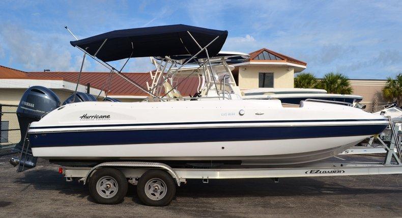 New 2016 Hurricane Sundeck Sport SS 231 OB boat for sale in Vero Beach, FL