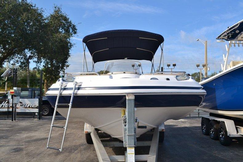 Thumbnail 2 for New 2016 Hurricane Sundeck Sport SS 231 OB boat for sale in Vero Beach, FL