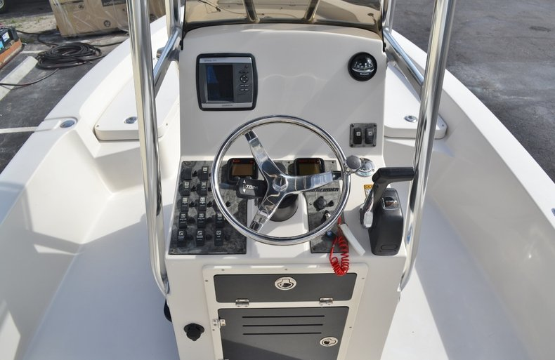 Thumbnail 11 for Used 2008 Pathfinder 2200 Tournament XL Center Console boat for sale in Vero Beach, FL