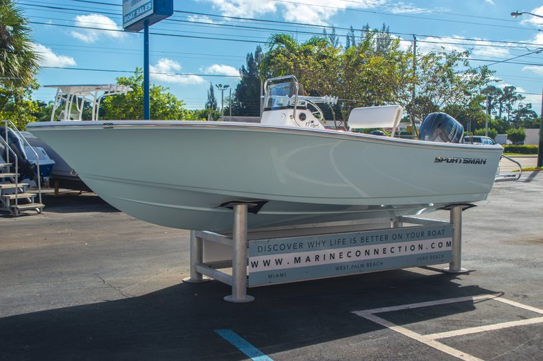 Image 4 for 2016 Sportsman 17 Island Reef in Vero Beach, FL