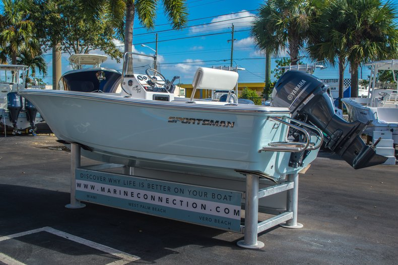 Image 6 for 2016 Sportsman 17 Island Reef in Vero Beach, FL