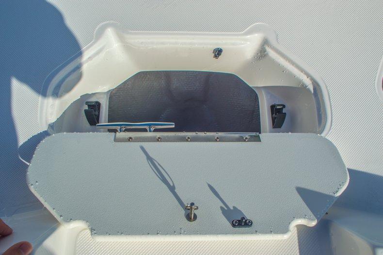 Thumbnail 44 for New 2016 Hurricane SunDeck SD 187 OB boat for sale in Vero Beach, FL