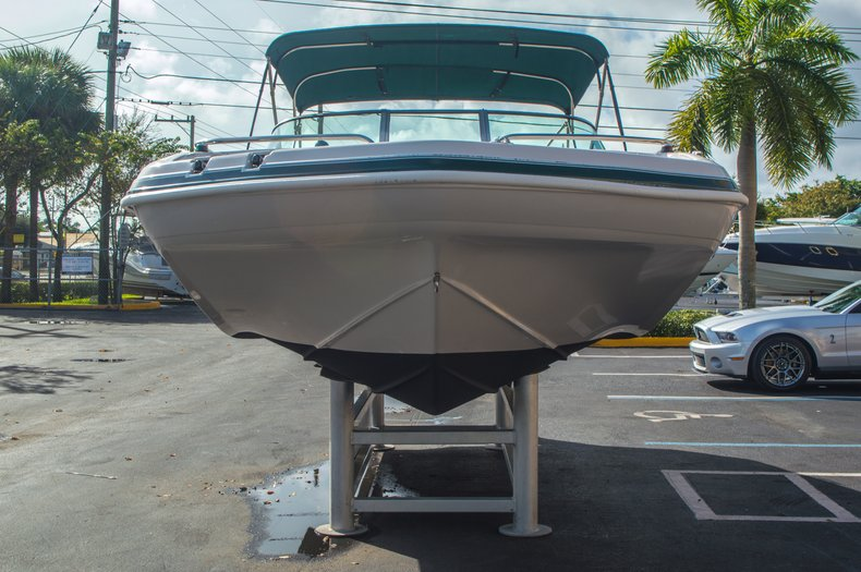 Image 2 for 2001 Hurricane SunDeck SD 237 OB in Vero Beach, FL