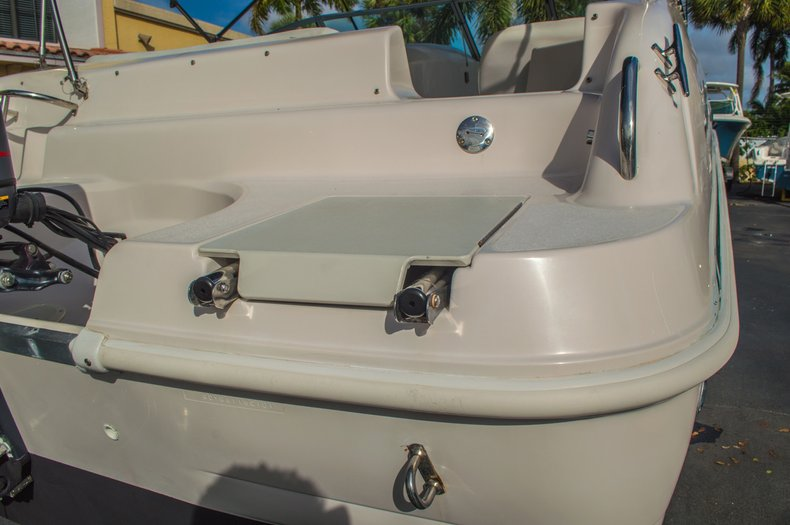Image 14 for 2001 Hurricane SunDeck SD 237 OB in Vero Beach, FL